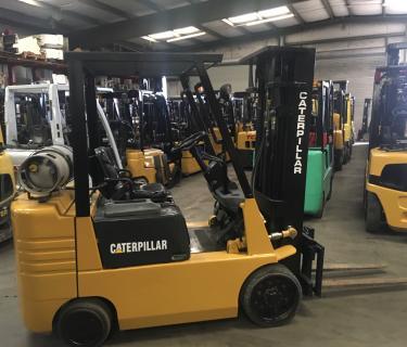 5000lb Caterpillar Forklift 3 Stage Mast Side Shifting Forks